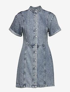 ENBASH SS DRESS 6722 - jeansowe sukienki - acid blue