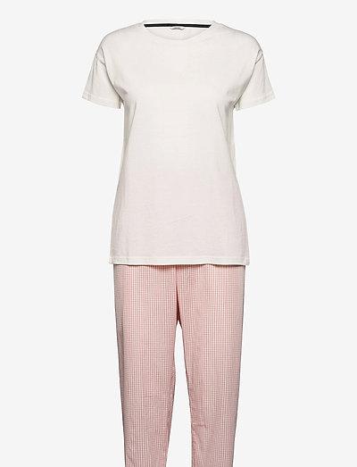 Pyjamas - pyjamas - coral