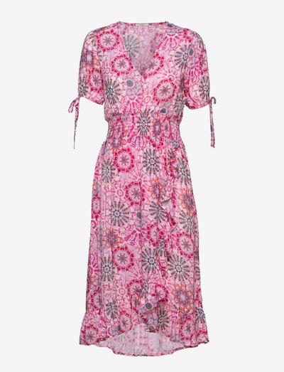 Various Beachwear - hverdagskjoler - pink 3