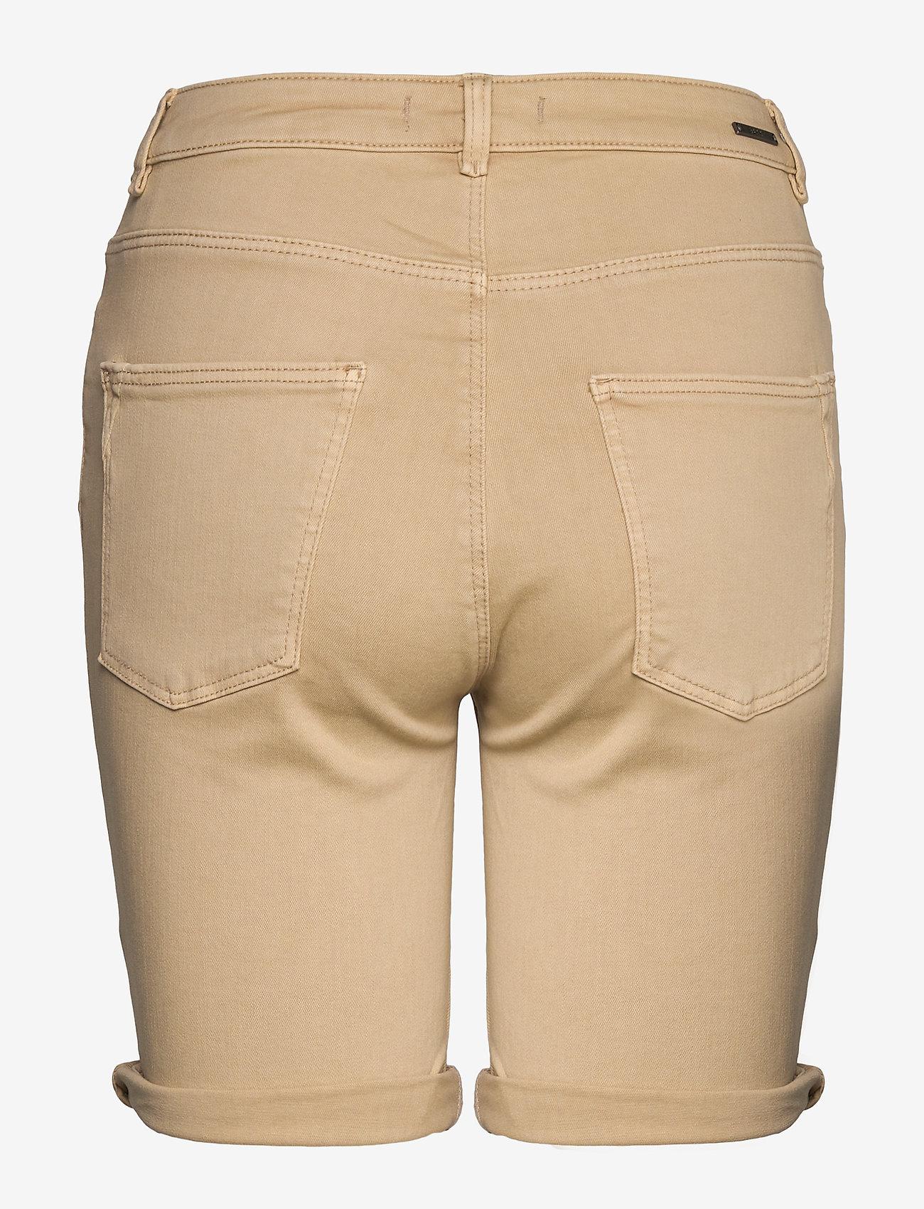 Shorts Woven (Skin Beige) (349.99 kr) - Esprit Casual