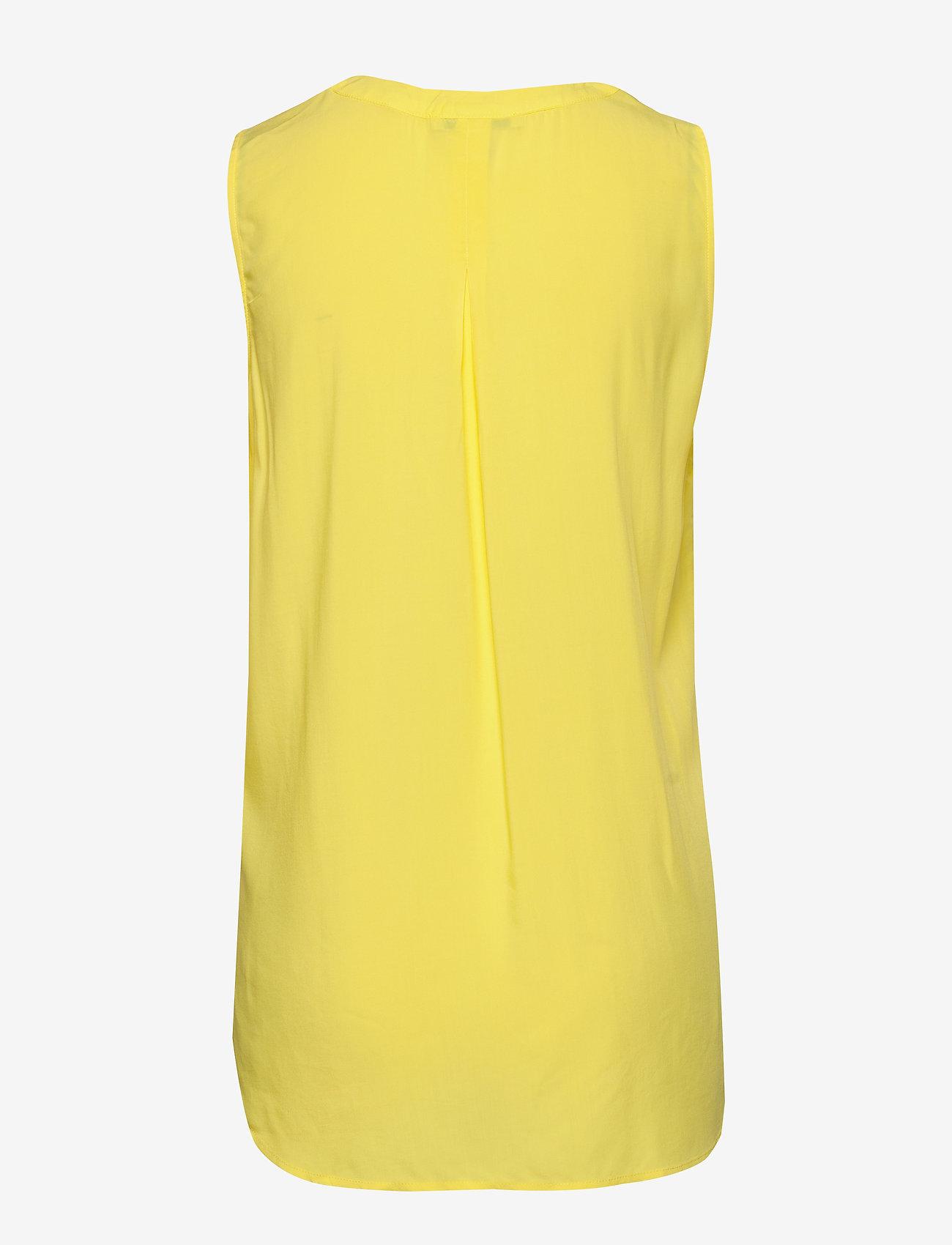 Esprit Casual - Blouses woven - Ærmeløse bluser - bright yellow - 1