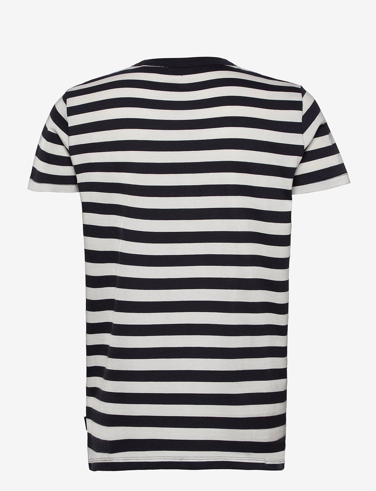 Esprit Casual - T-Shirts - short-sleeved t-shirts - navy 3 - 1