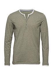9650a7e6dc2 Long-sleeved t-shirts