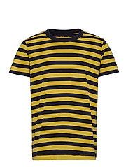 T-Shirts - PISTACHIO GREEN 3