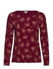 T-Shirts - BORDEAUX RED