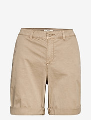 Esprit Casual - Shorts woven - chino shorts - beige - 2