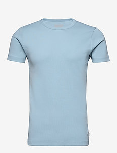 T-Shirts - basis-t-skjorter - light blue