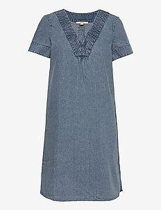 Dresses denim - sommarklänningar - blue medium wash