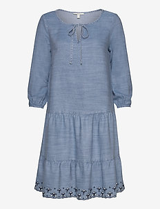 Dresses denim - jeansklänningar - blue medium wash