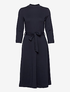 Dresses knitted - midi kjoler - navy