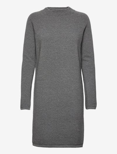 Dresses flat knitted - sommerkjoler - gunmetal 5