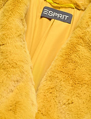 Esprit Collection - Coats woven - fausse fourrure - dusty yellow - 2