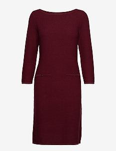 Dresses flat knitted - GARNET RED