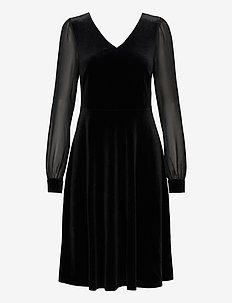 Dresses knitted - robes courtes - black