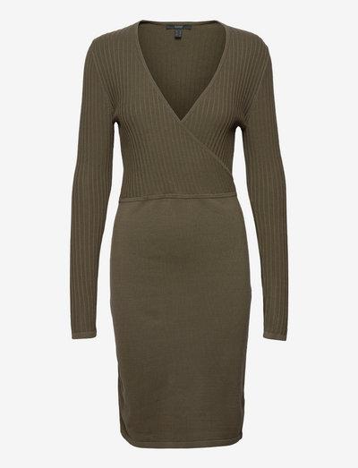 Dresses flat knitted - stramme kjoler - dark khaki