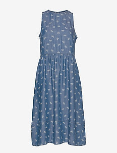 Dresses denim - jeansklänningar - blue light wash