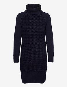 Dresses flat knitted - stickade klänningar - navy