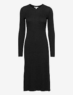 Dresses flat knitted - stickade klänningar - black