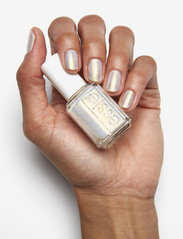 Essie - essie classic - winter collection twinkle in time 742 - nagellack - twinkle in time 742 - 4