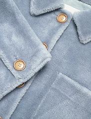 Fall Winter Spring Summer - Sealiner Teddy - faux fur - blue fog - 2