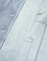 Fall Winter Spring Summer - Sealiner Teddy - faux fur - blue fog - 3