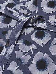 Fall Winter Spring Summer - Bennington - sommarklänningar - animal floral blue - 3