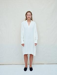 Solvor - midi dresses - jet stream white