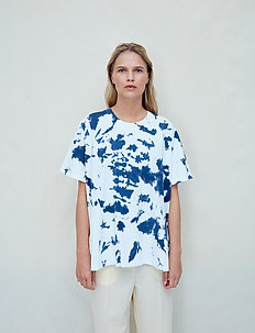 Thale - t-shirts - blue night tie dye
