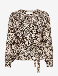 Petra - long sleeved blouses - classic mini leopard