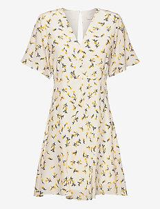 Luna - korta klänningar - vanilla spring bouquet
