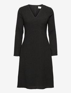 I Don´t Textured Dress - sukienki koktajlowe - jet black