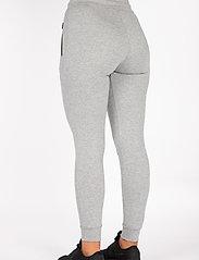 Famme - Black Fit Jogger - træningsbukser - melange grey - 3