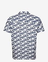 Far Afield - Selleck S/S Shirt (Swallow) - geruite overhemden - blue - 1