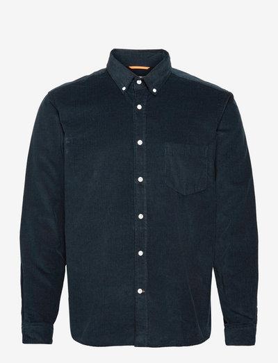 Field L/S Shirt - linneskjortor - carbon