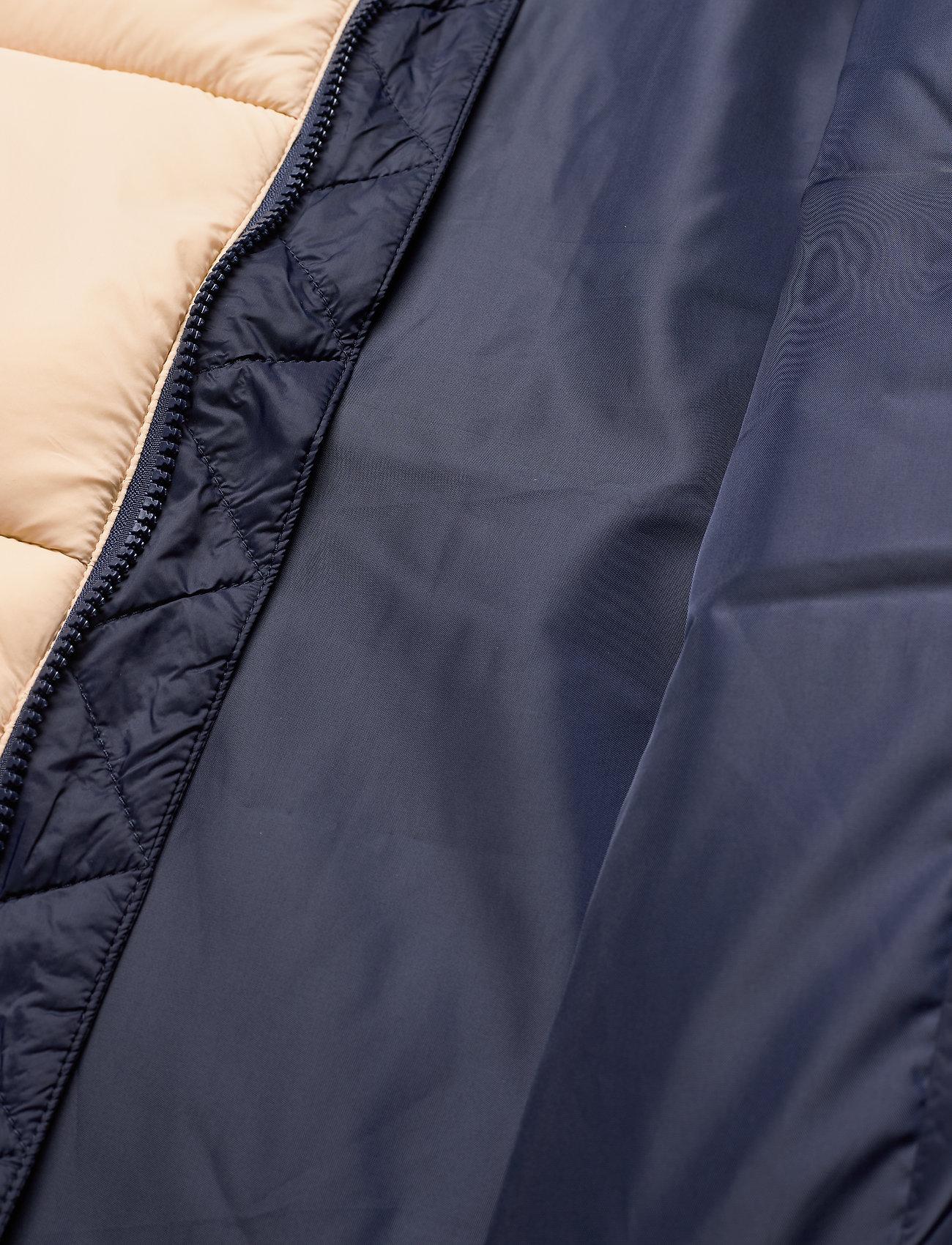 FILA MEN SCOOTER puffer jacket - Jakker og frakker IRISH CREAM-BLACK IRIS - Menn Klær