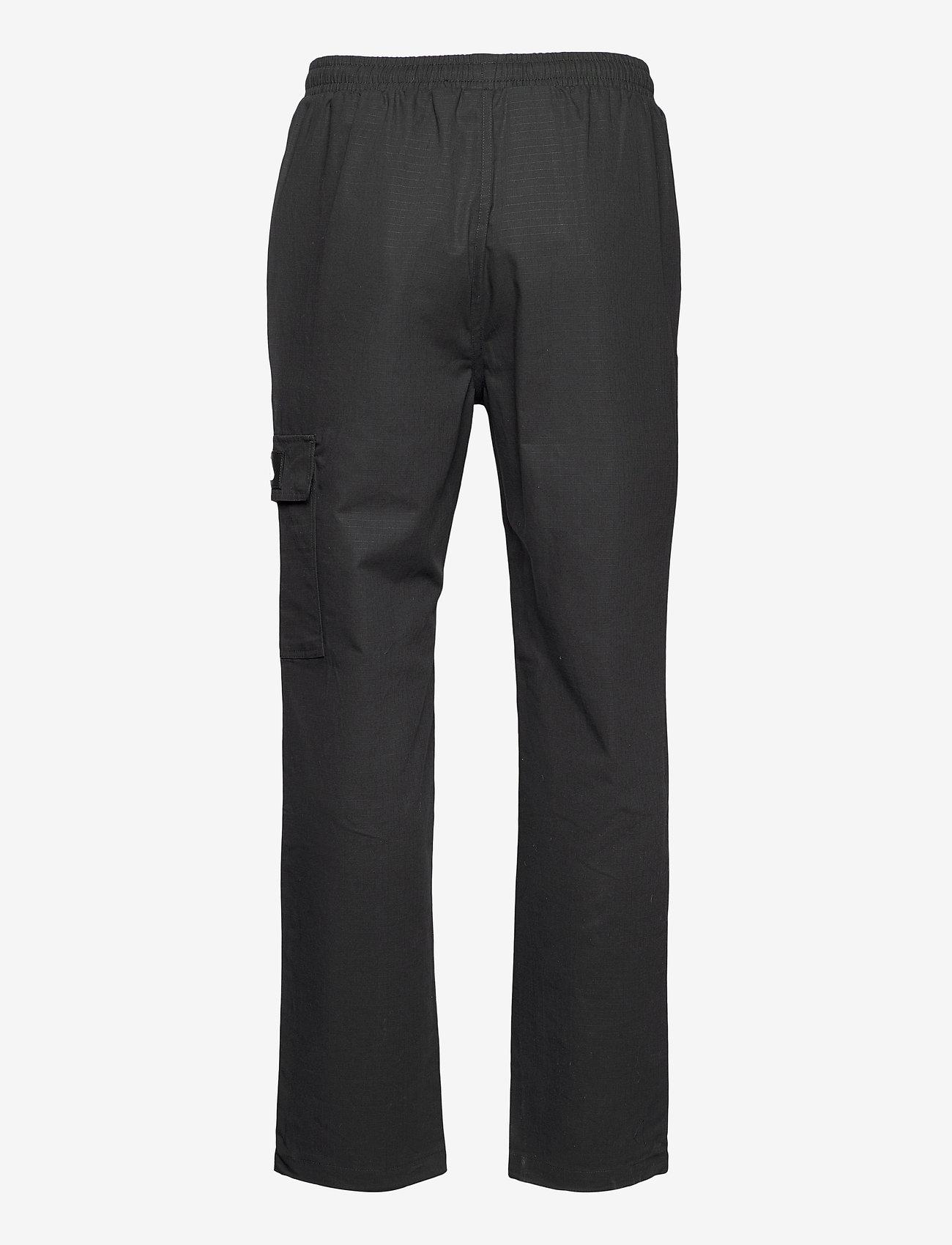 FILA - MEN CLEAVE cargo pants - pantalon cargo - black - 1