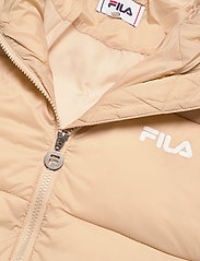 FILA - WOMEN BRONWEN puff hood jacket - dunkappor - irish cream - 3