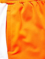FILA - WOMEN ALLETE high waist shorts - chaussures de course - flame orange-bright white - 4