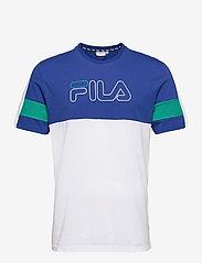 FILA - MEN JADON blocked tape tee - t-shirts - surf the web-bright white-alhambra - 0