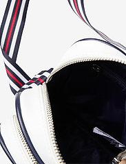 FILA - HERITAGE PUSHER BAG - sacs à bandoulière - black iris-bright white-true red - 3