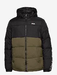 FILA - MEN TANNER tape puffer jacket - veste sport - grape leaf-black - 0