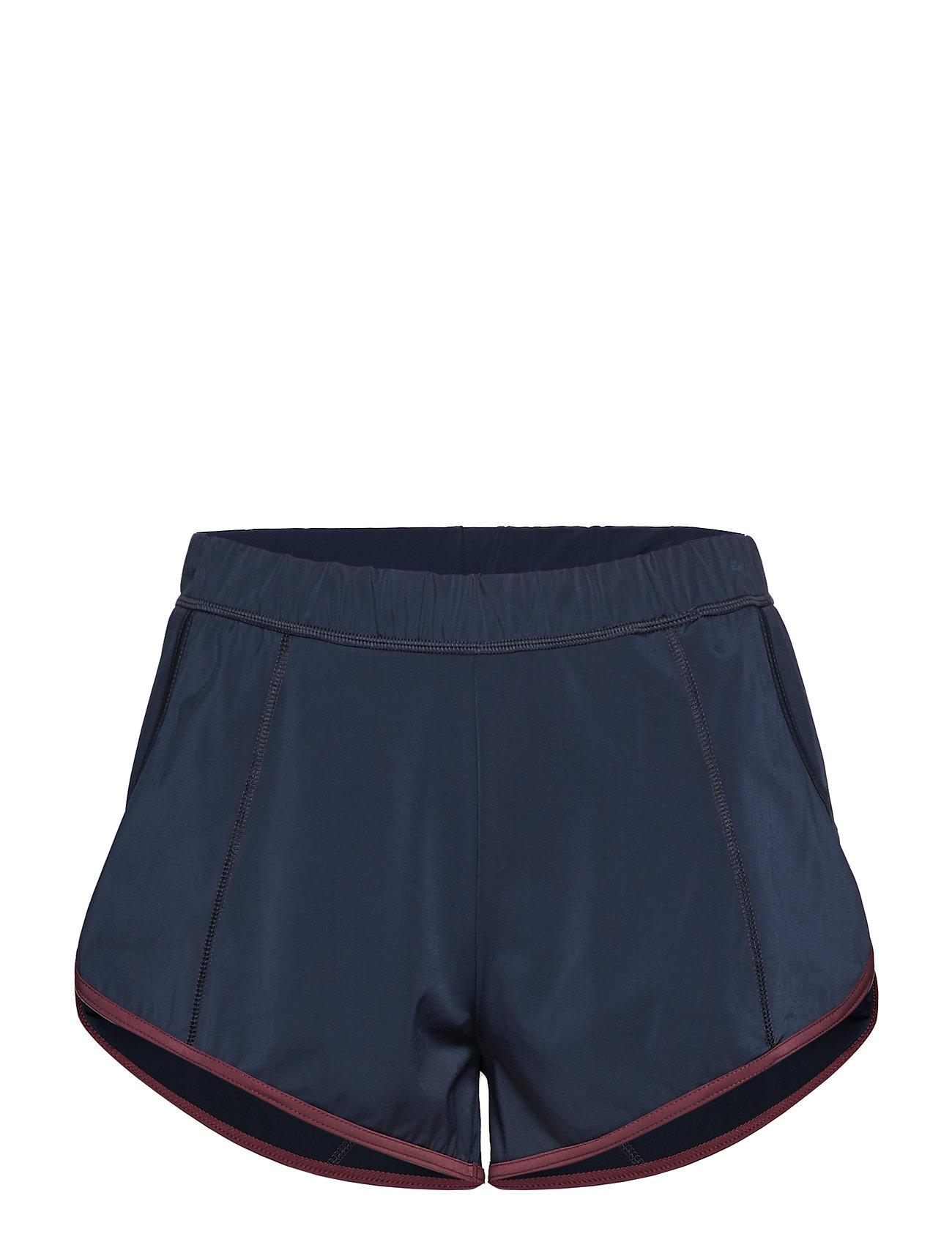 Filippa K Soft Sport Flex Shorts
