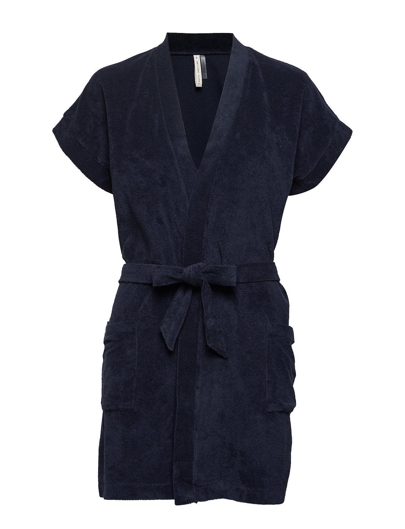 30dec75e3083 Terry Jersey Kimono (Navy) (110 €) - Filippa K Soft Sport - | Boozt.com