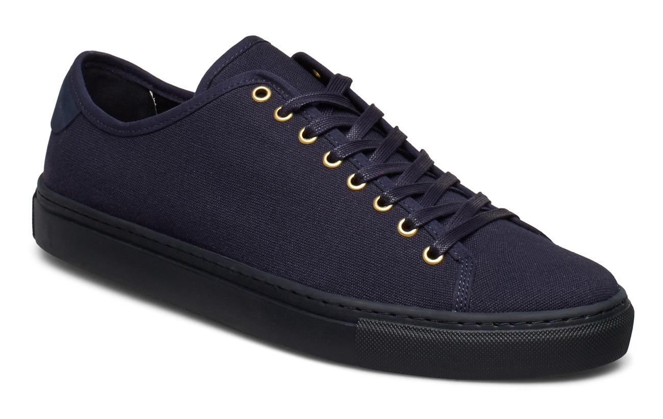 Filippa K M. Morgan Canvas Sneaker