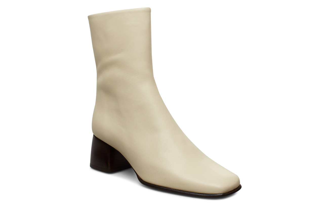Filippa K Eileen Leather Boot - IVORY