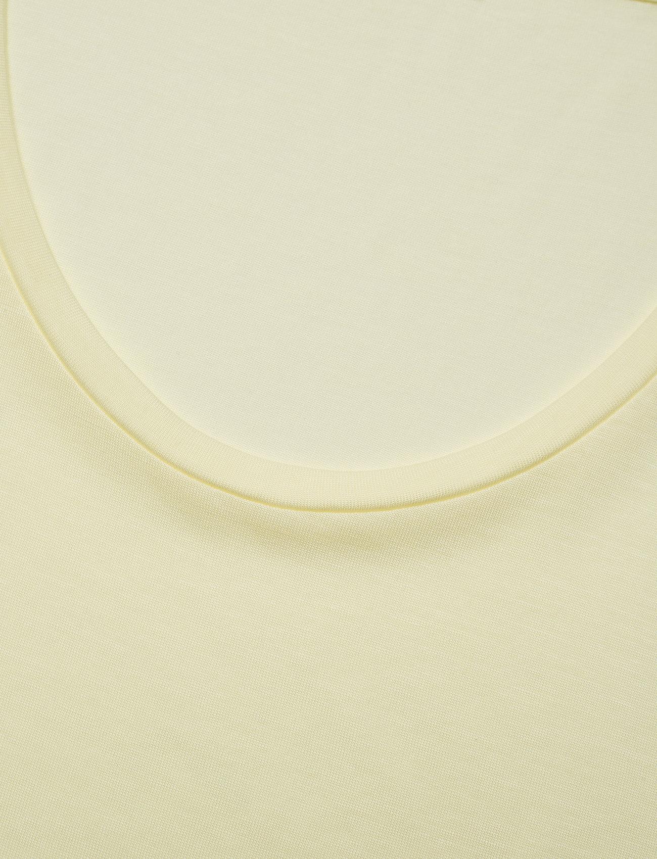 Filippa K - Tencel Scoop-neck Tee - t-shirts - pale lime - 2