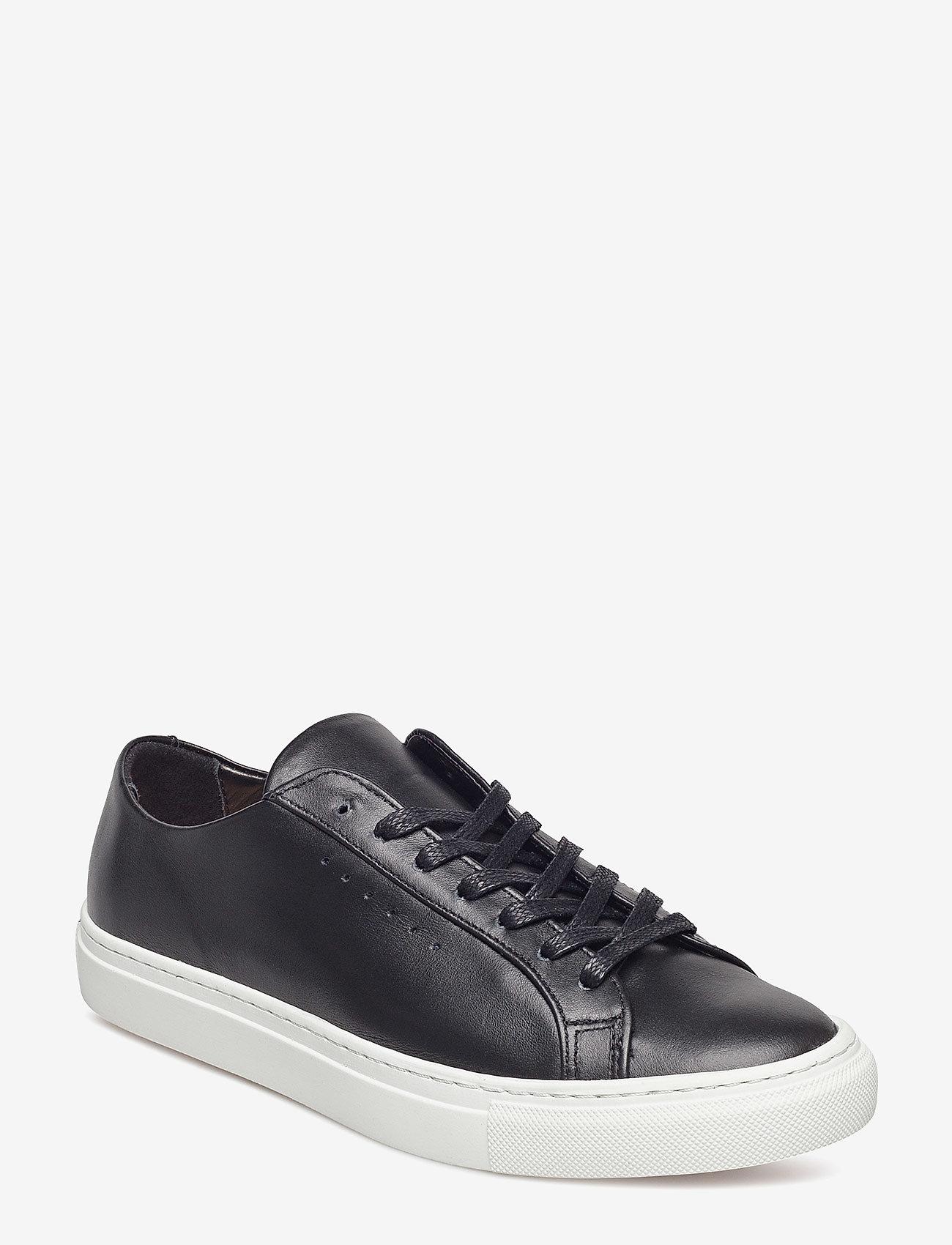 Kate Low Sneaker (Black/whit) (235
