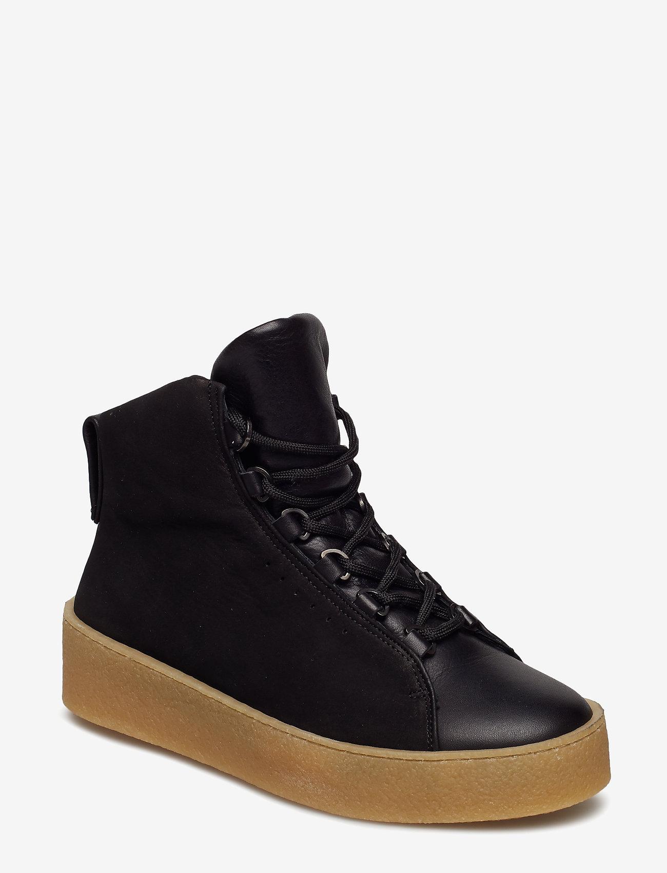 Filippa K - Anna Winter Laced Boot - flat ankle boots - black nubu - 0