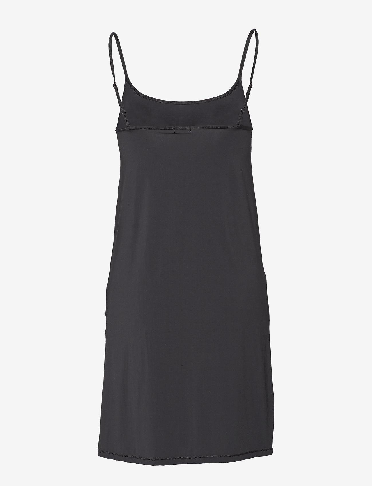 Filippa K - Tech Slip Dress - bodies en onderjurken - black - 1