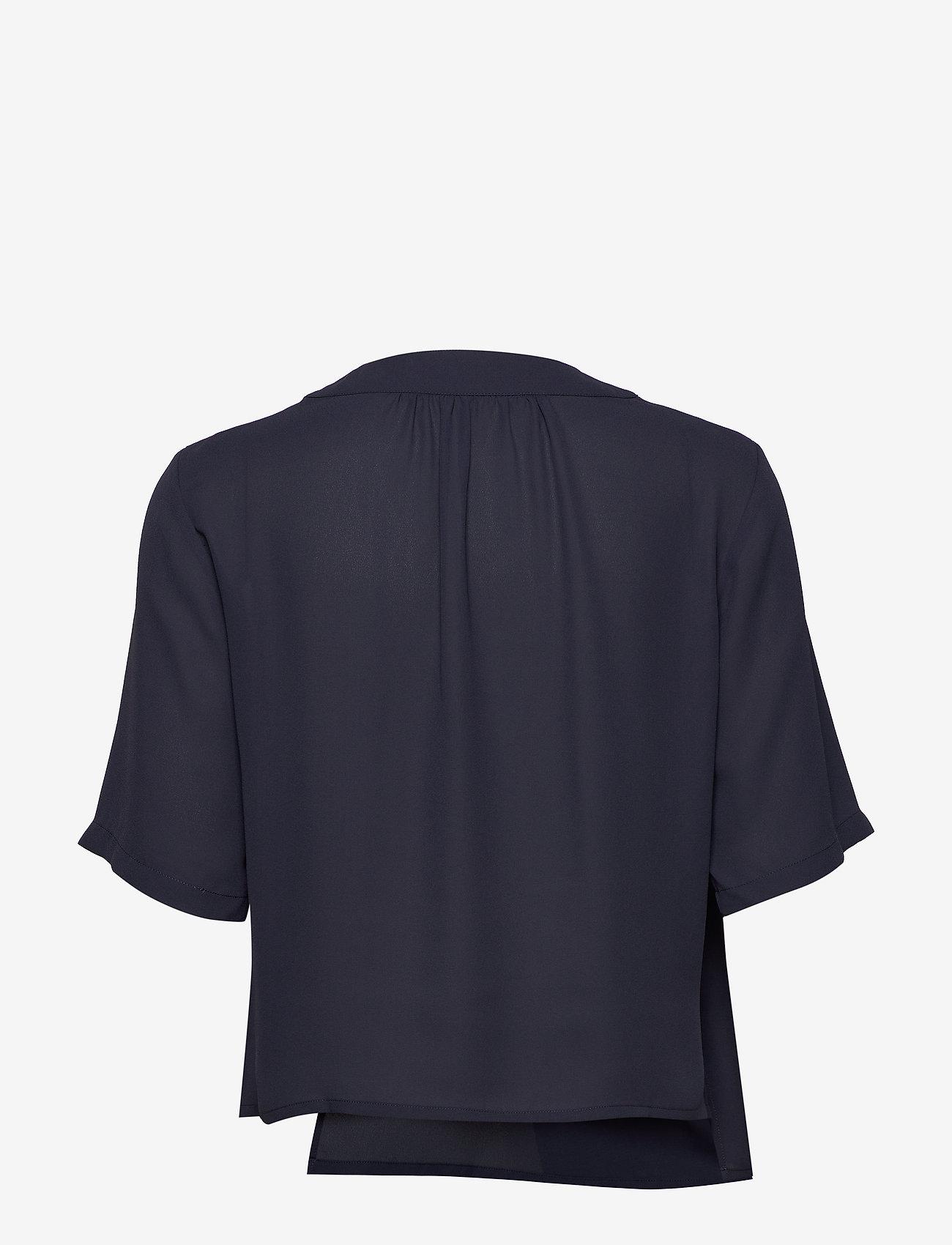 Filippa K - Reagan Blouse - blouses med korte mouwen - ink blue - 1